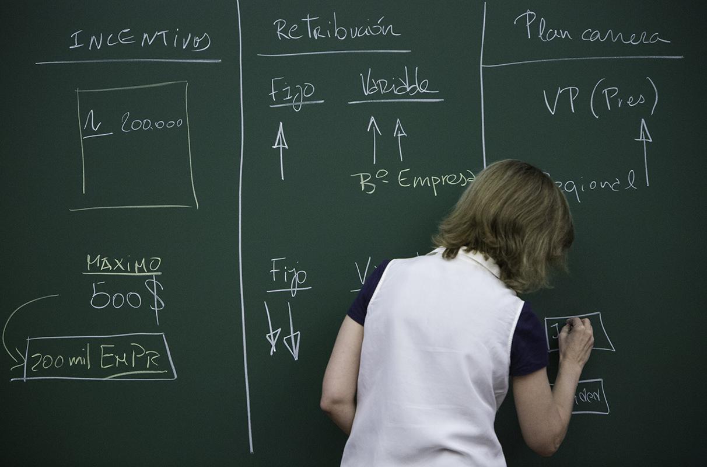 Teaching Materials - Cases - Mireia Las Heras